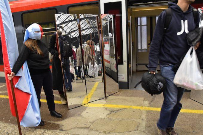 Kunstzug Dresden Breslau Spiegelstationen Svea Duwe
